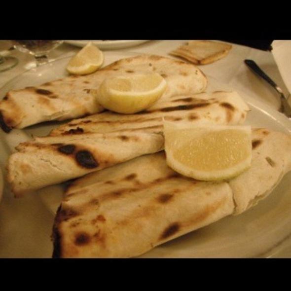 Empanadas Lasmayin @ Sarkis
