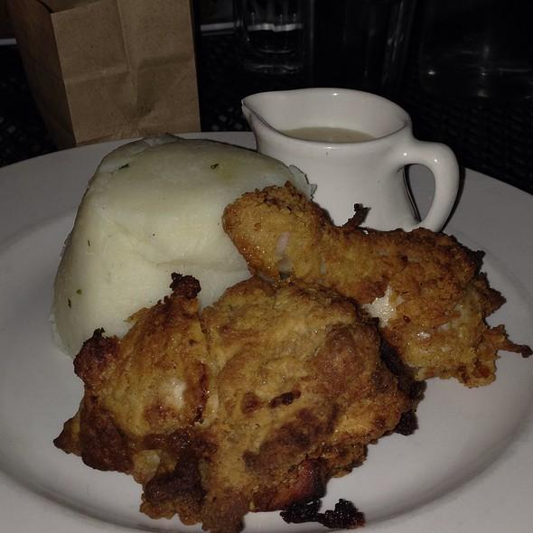 fried chicken - Smithfields, Ashland, OR