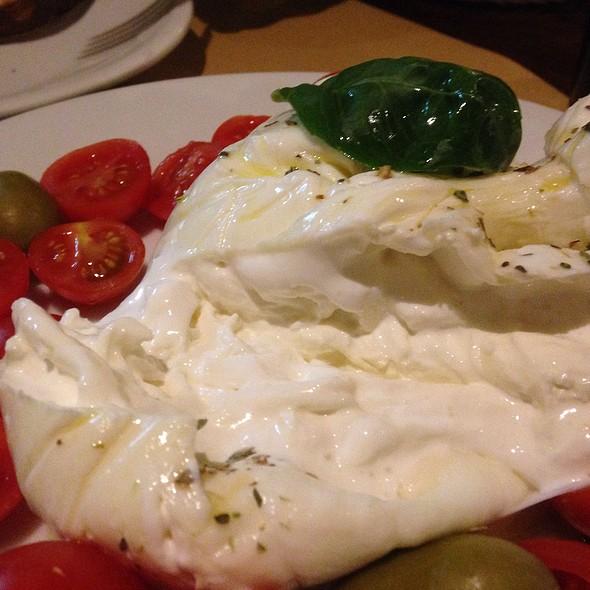 Antipasti Con Burrata @ Il Pizzaiuolo