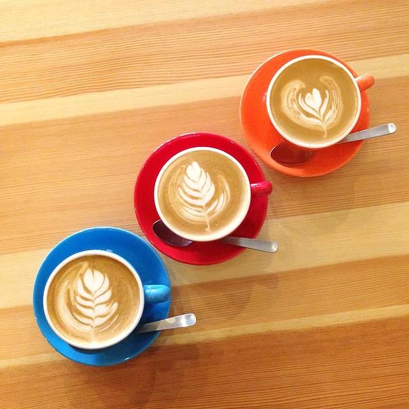 Irish Cream Latte @ CAFFEine
