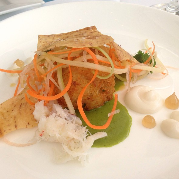 Dungeness Crab Cake - Restaurant at the Getty Center