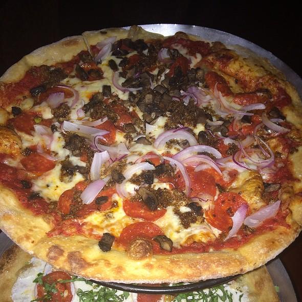Pizza @ MAFIAoZA'S 12South