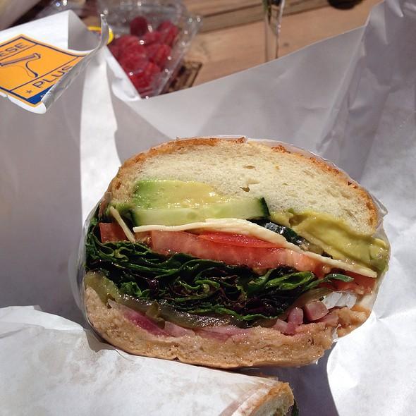 Jarlsberg And Veggie Sandwich