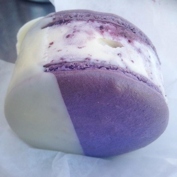 Blueberry Ice Cream Sandwich @ Milk