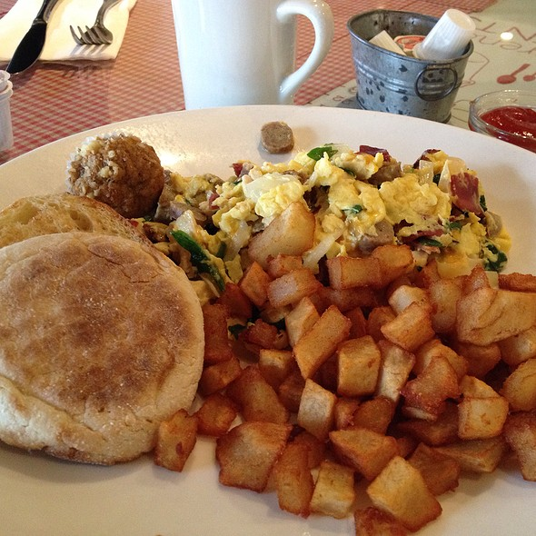 Protein Scramble @ Toast Bakery Cafe Inc
