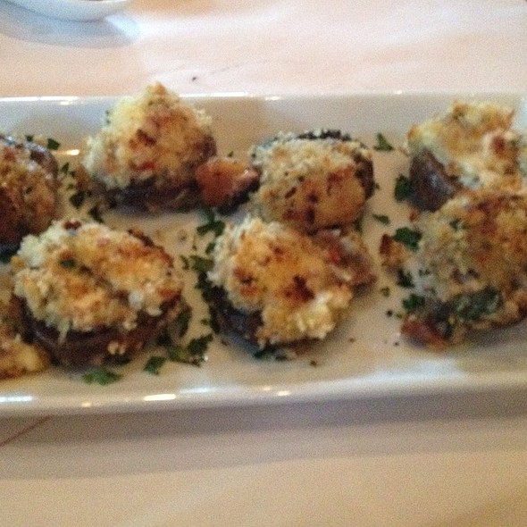 Stuffed And Grilled Mushrooms @ Romano's Macaroni Grill