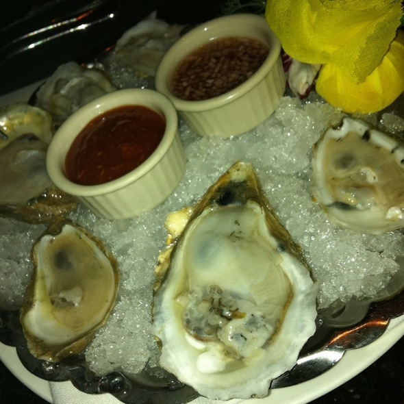 Fresh Oysrers On The Half Shell @ The Capital Grille