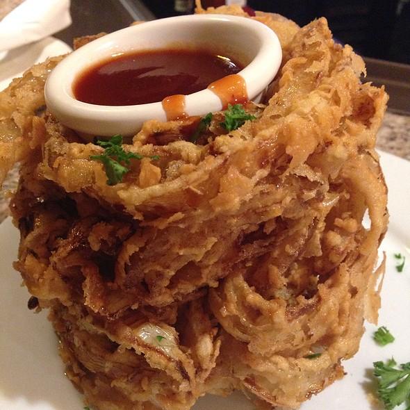 Onion loaf @ Tony Roma's