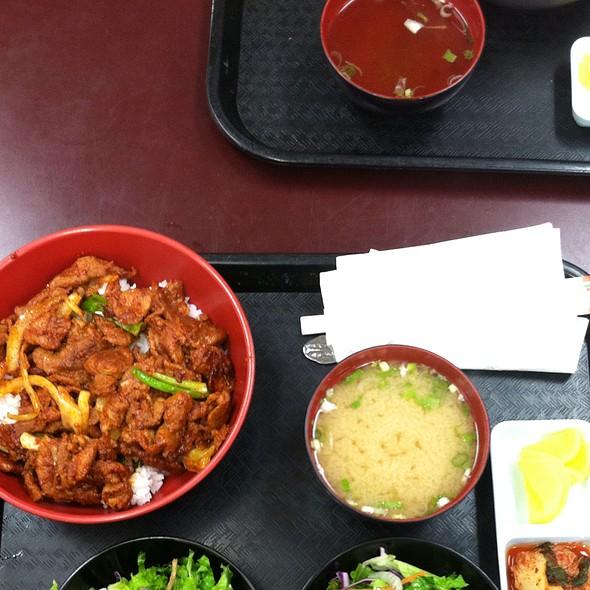 19. Spicy Pork @ Yami (Inside Lotte Supermarket)