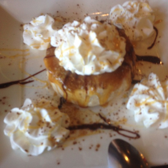 Snickers Dessert @ Bella Costa
