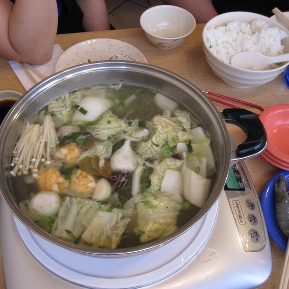 Hot Pot @ Sweet Home Cafe