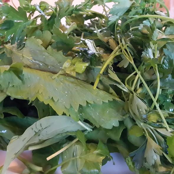 green salad @ Adem Doruk Alabalık