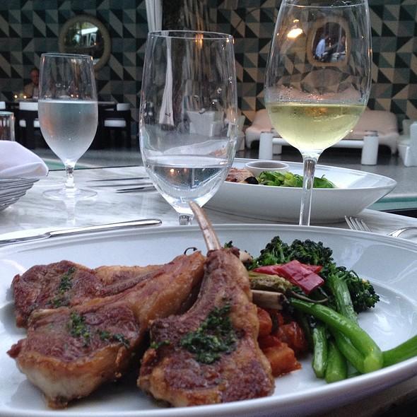 Lamb Chop Special @ Oliverio