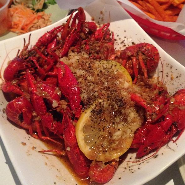 Lemon Pepper Crawfish @ Red Crawfish