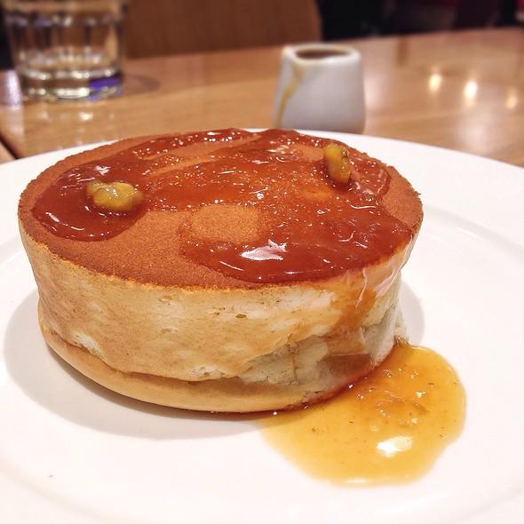 Cream Cheese Soufflé Pancake @ Miam Miam @ 1 Utama