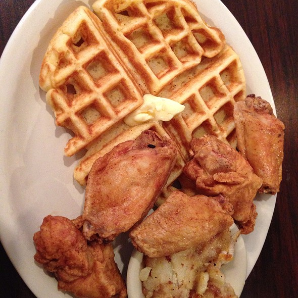 Fried Wingettes And Waffle @ Thelma's Chicken & Waffles