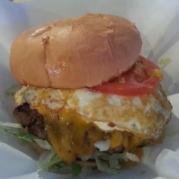 Burger With Fried Egg @ Maple and Motor- Burgers and Beer