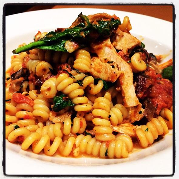 Chicken Pasta Rossa @ Nordstrom Cafe