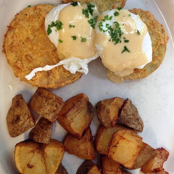 Redneck Eggs @ Elizabeth's Restaurant