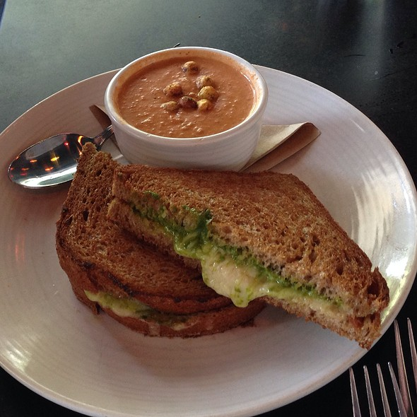 Beechers Grilled Cheese With Curried Tomato Bisque - Etta's Seafood, Seattle, WA