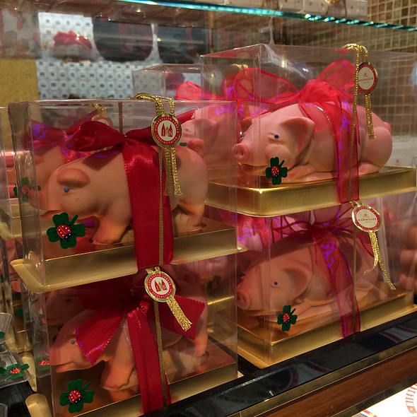 Marzipan Pig @ Niederegger