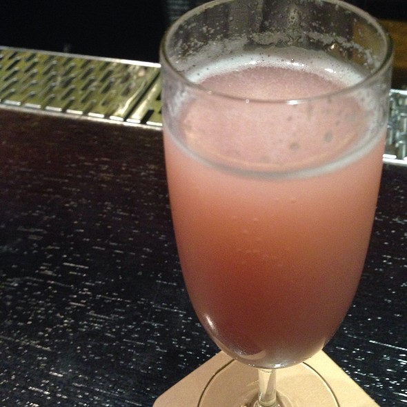 Lychee Raspberry Bellini @ Mercer Kitchen