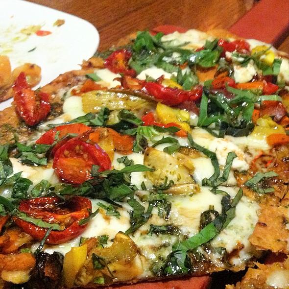 Grilled Veggie Pizzas Alfredo