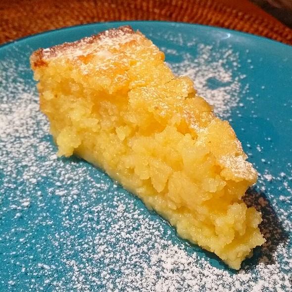 Lemon Cake @ Huck's Cafe
