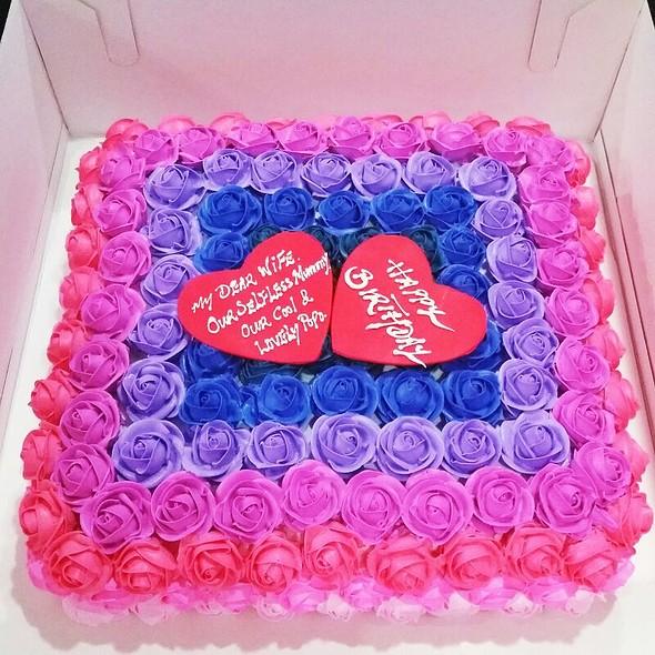 A Lovely Birthday Cake @ Home
