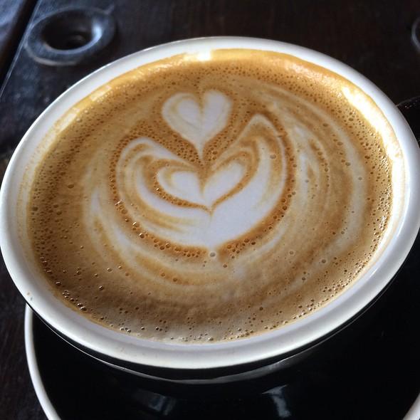 Latte @ Lift Coffee Roasters