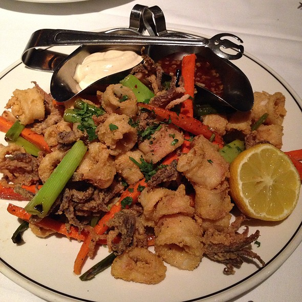 Salt And Pepper Calamari @ Trulucks' Seafood Steak & Crab House