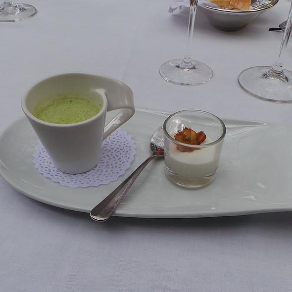 Herb Soup with Red Mullet, Artichoke Creme @ Es Raco d'es Teix