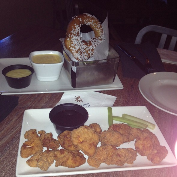 Soft Pretzel And Boneless Wings - Wreckers at Gaylord Palms Resort, Kissimmee, FL