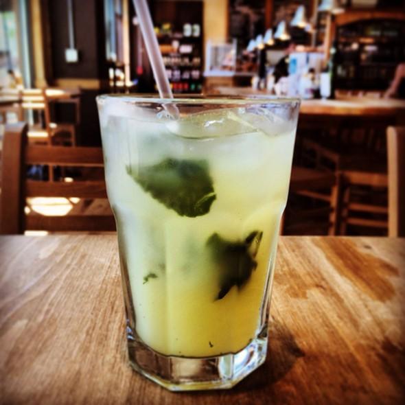 Mint Lemonade @ Le Pain Quotidien