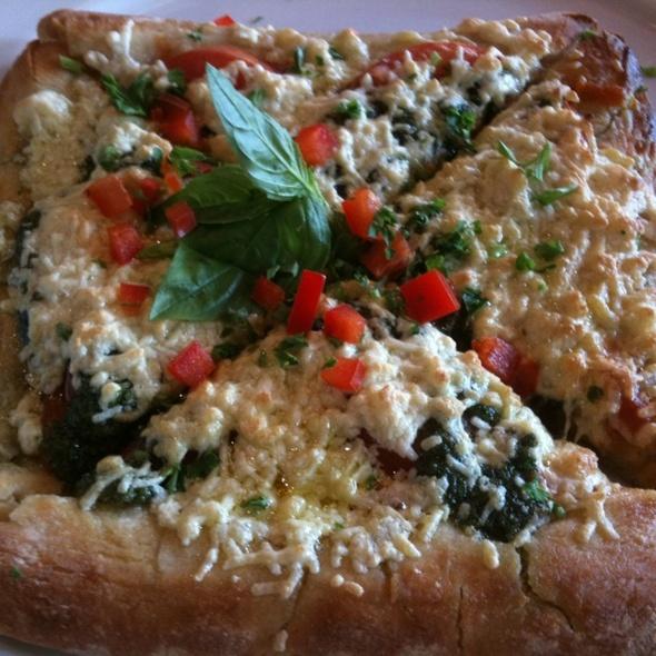 Vegan Pesto Pizza @ Native Foods
