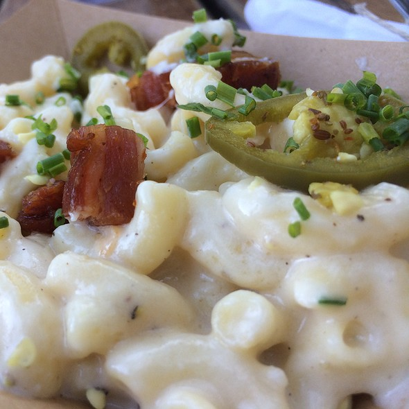 Jalapeno Mac and Cheese @ Banger's Sausage House & Beer Garden