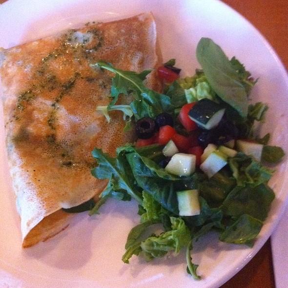 Classic Crepe- Chicken, Mushroom, Spinach, Mozarella