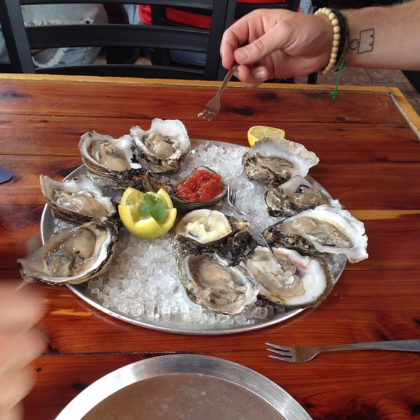 raw oysters @ The Blind Tiger Bay St Louis Restaurant & Bar