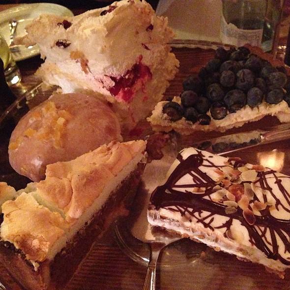 Desserts @ Restauracja Stary Dom