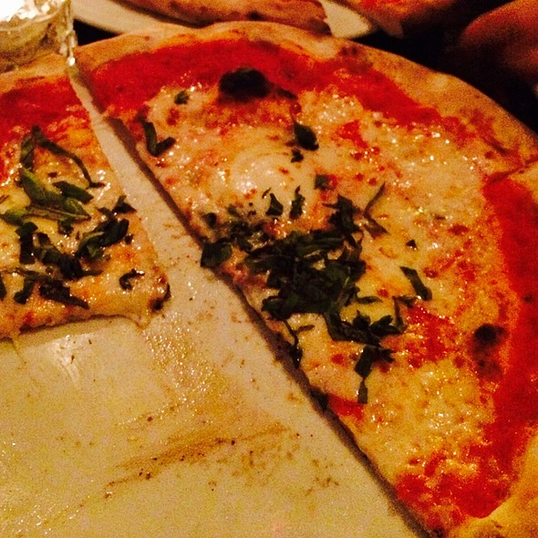 Margharita Pizza - Baraonda Ristorante & Bar, Atlanta, GA