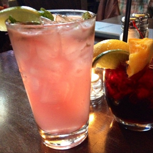 Raspberry Mojito And Sangria @ Benchmark