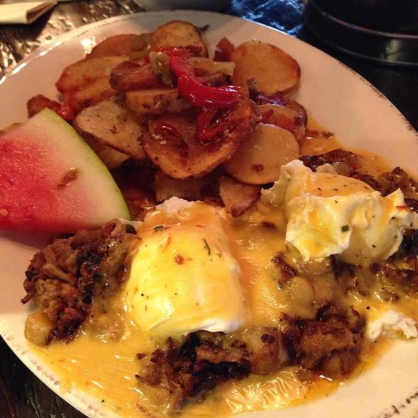 Beef Brisket Eggs Benefict @ Boneyard Kitchen and Bar