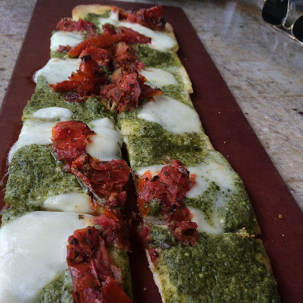 Roasted Tomato & Mozzarella Flatbread @ Sea Level Restaurant & Ocean Bar