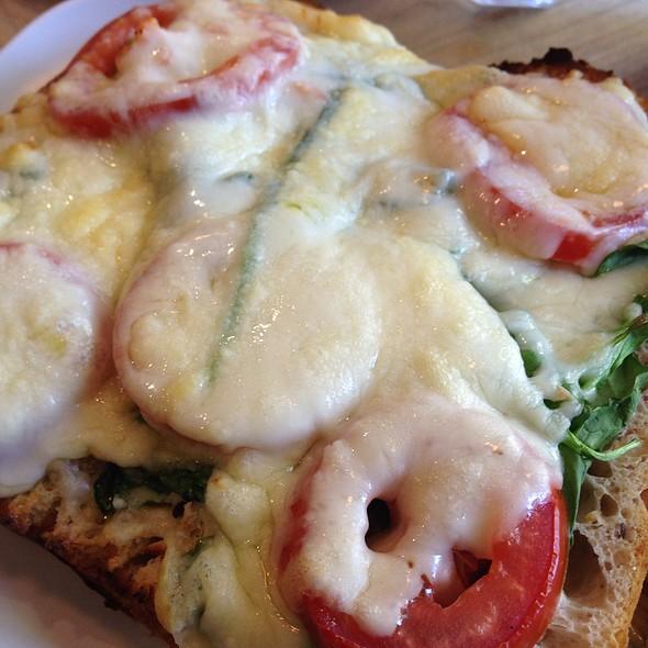 Gourmet Grilled Cheese Florentine @ Claire's Corner Copia