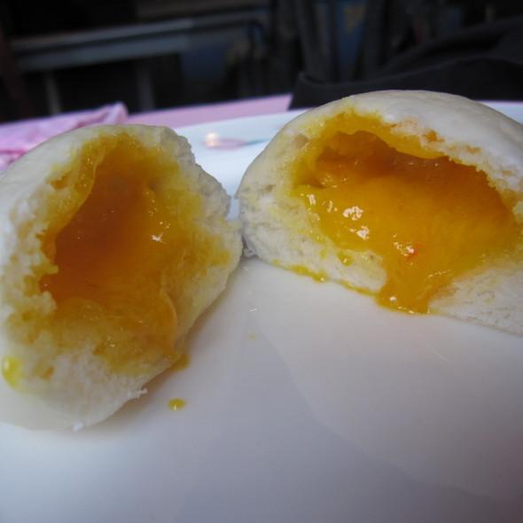 Egg Yolk Lava Bun @ Hong Fong