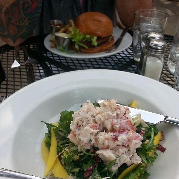 Soft Crabs - Brasserie Brightwell, Easton, MD