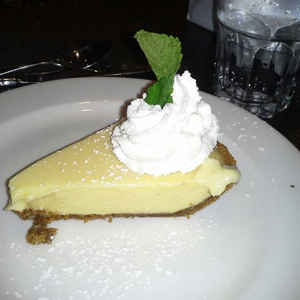 Key Lime Pie - Holy Mackerel, Lombard, IL