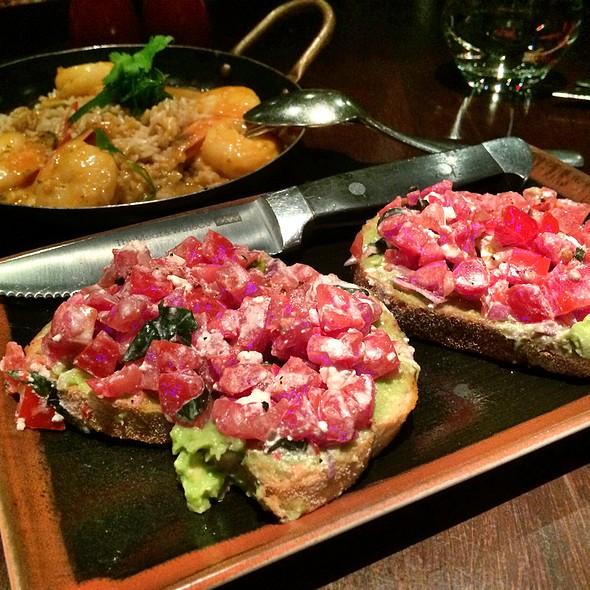Avocado Bruschetta @ The Meat & Wine Co. Darling Harbour