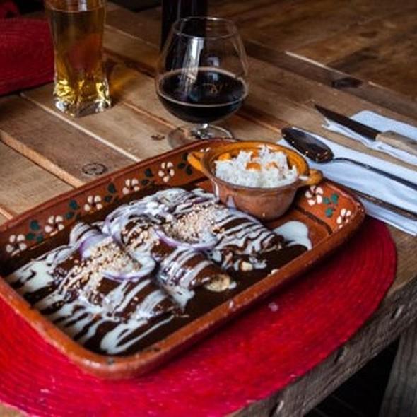 Enchiladas Veracruzanas - Hilaria Gastro Bar, México, CDMX