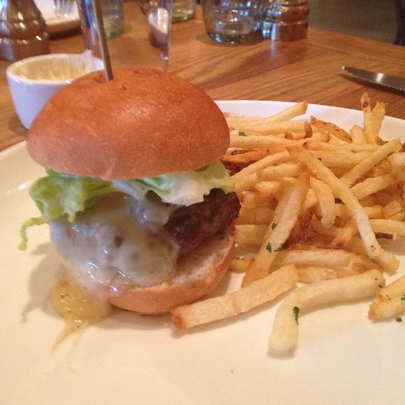 Kid's Cheeseburger - L'Appart Resto, San Anselmo, CA